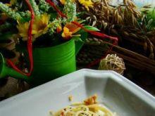 Spaghetti z makiem i prażoną cebulką