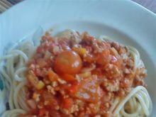 Spaghetti z mięsem i papryką