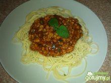 Spaghetti z mięsem i suszonymi pomidoram