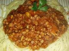 Spaghetti z mięsem mielonym i pieczarrkami