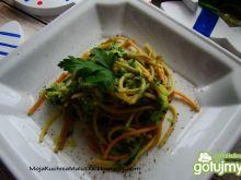 Spaghetti z pesto i cukinią