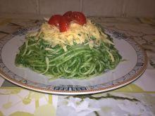 Spaghetti z pesto szpinakowym