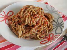 Spaghetti z pesto z bakłażana