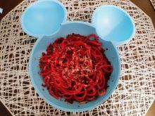 Spaghetti z pesto z buraka i pestek dyni