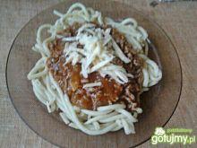 Spaghetti z pieczarkami i mięsem