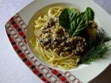Spaghetti z pieczarkami i paryką