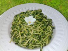 Spaghetti z pokrzywą i szpinakiem