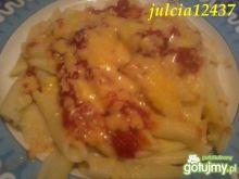 Spaghetti z pomidorami i masdamerem