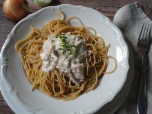 Spaghetti z śmietanowym tuńczykiem