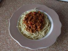 Spaghetti z sosem ala gyros na mięsie mielonym
