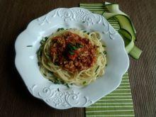 Spaghetti z sosem mięsno-cukiniowym