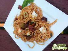 Spaghetti z szynką i mozzarellą