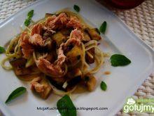 Spaghetti z tuńczykiem i bakłażanem