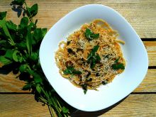 Spaghetti z ziołami i parmezanem