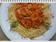 Spaghetti Eli z gulaszem drobiowo warzywnym