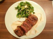 Stek wołowy na puree z topinamburu