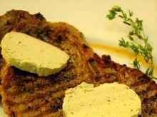 Stek z antrykotu z masłem ziołowym