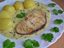 Stek z rekina w sosie śmetankowym