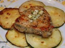 Stek z tuńczyka z cukiniowa gremolatą