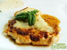 Steki z kurczaka z pesto i mozzarellą