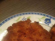 Steki z mięsa mielonego z cebulką i papryką