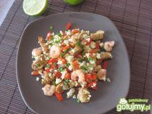 Stir-fry z krewetkami i kaszą jaglaną