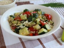 Stir-fry z quinoa i warzywami