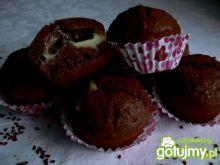 Strzelające kakaowe muffinki z budyniem