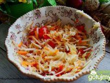 Surówka kiszona z cebulą czerwoną