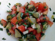 Surówka ogórkowo - pomidorowa