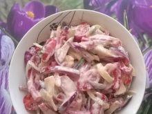 Surówka paprykowo - pomidorowa z cebulą