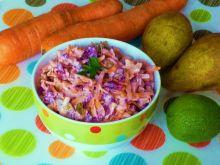 Surówka warzywna z gruszką