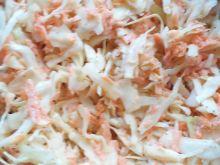 Surówka z białej kapusty