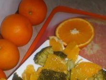 Surówka z brokuła i pomarańczy