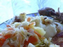 Surówka z brokułem i zieloną cebulką