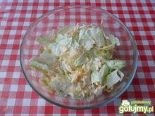 Surówka z dyni i sałaty lodowej