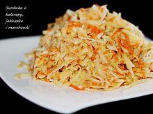 Surówka z kalarepy, marchewki i jabłuszka