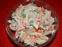 Surówka z kalarepy, selera i marchewki