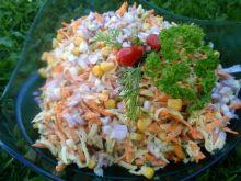 Surówka z kalarepy z kukurydzą
