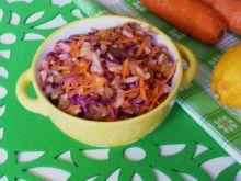 Surówka z kapusty, marchewki i rzodkwi