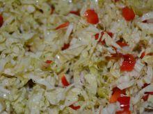 Surówka z kapusty pekińskiej i papryki