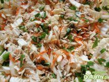 Surówka z kapusty pekińskiej i selera