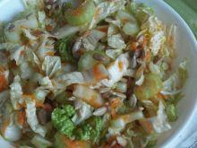 Surówka z kapusty pekińskiej z selerem naciowym
