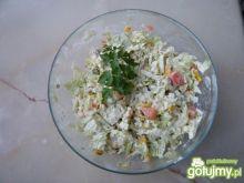 Surówka z kapusty pekińskiej z warzywami