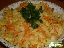 Surówka z kiszonej kapusty w majonezie