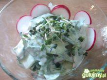 Surówka z liści rzodkiewki