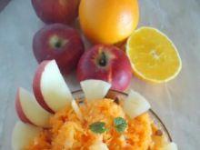 Surówka z marchewki, ananasa i jabłka