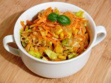 Surówka z marchewki i białej rzodkwi