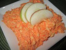 Surówka z marchewki i chrzanu w śmietanie