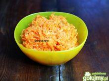 Surówka z marchewki i mango